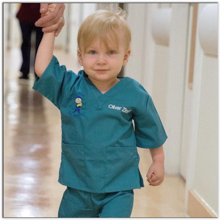 be6e535d128 Red Kids Scrubs - Kids Scrubs and Childrens Lab Coats